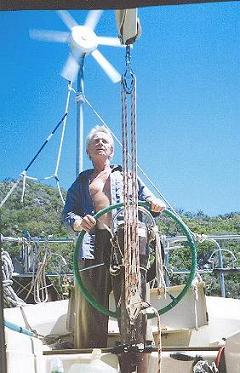 TURE SJOLANDER CROSSING THE GREAT BARRIER REEF SETEMBER 2004